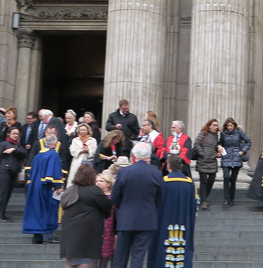 Leaving StPaul's Cathedral