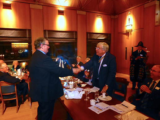 The IPM receives his Ladle from Liveryman Andrew Ford