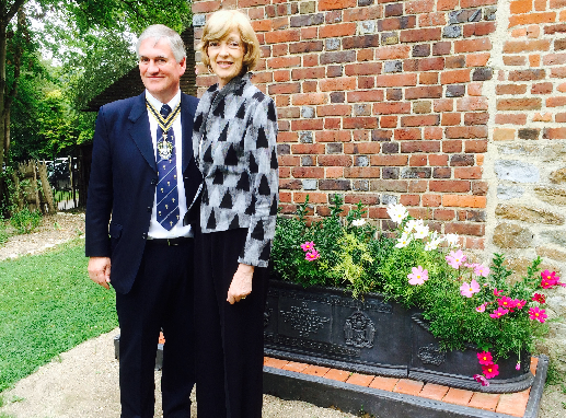 Dame Alderman Fiona Woolf , Plumbers Court Assistant with the IPM Nick Gale at Singleton Museum, and the replica of the lead planter presented to HM Queen