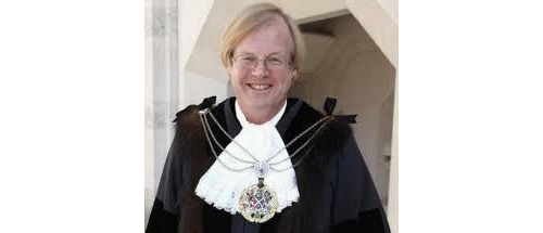 Alderman David Wootton with his shrieval chain